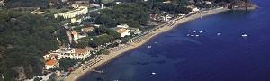 Per scoprire le spiagge dell'Isola d'Elba scegliete i pacchetti dell'Hotel Le Acacie