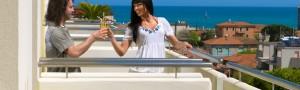 Vivi il mare di Senigallia con l'Hotel Le Querce, il 3 stelle sul lungomare